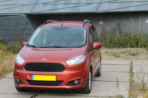 Ford Tourneo Courier 1.0 Ecoboost Titanium 6