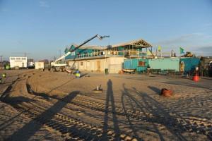 Centrumeiland, Blijburg in aanbouw. De grote opening wordt gevierd op 7 november.