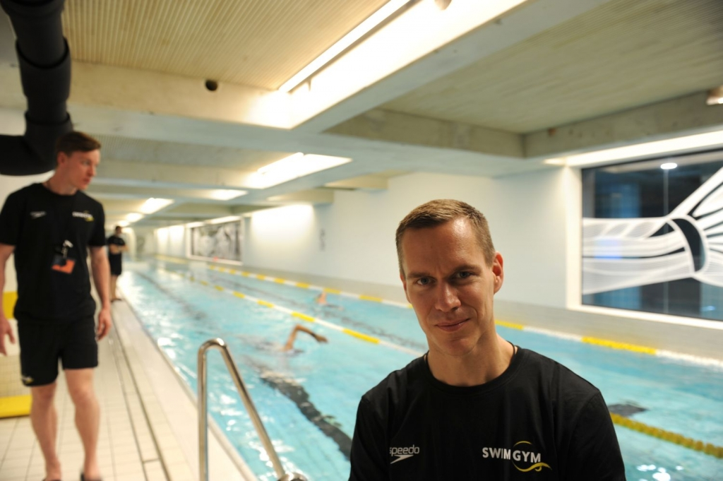 Zwembad voor ambitieuze banenzwemmers de brug nieuws uit